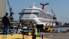 Cruise ship passengers describe foul conditions