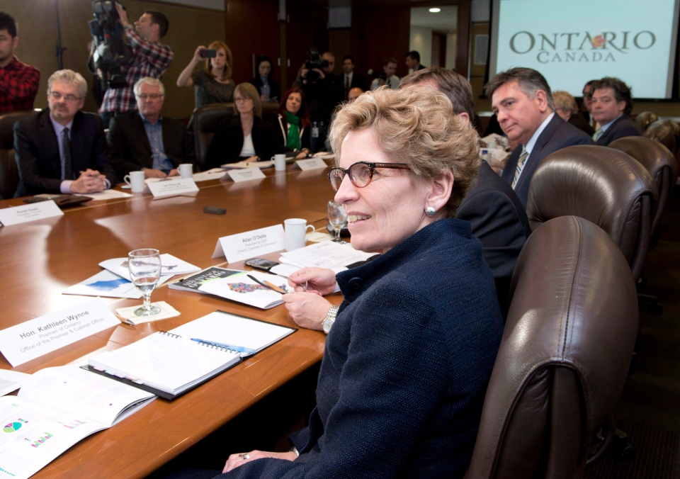 Ontario Premier Kathleen Wynne hosts the first jobs roundtable in Toronto on Feb. 15, 2013. (THE CANADIAN PRESS / Frank Gunn)