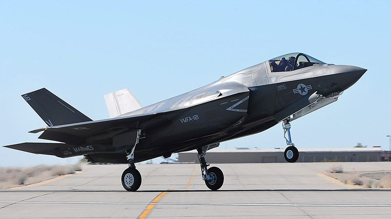 An F-35B Joint Strike Fighter touches down on the tarmac in Yuma, Ariz., Tuesday afternoon, Nov. 20, 2012. (The Yuma Sun, Craig Fry)
