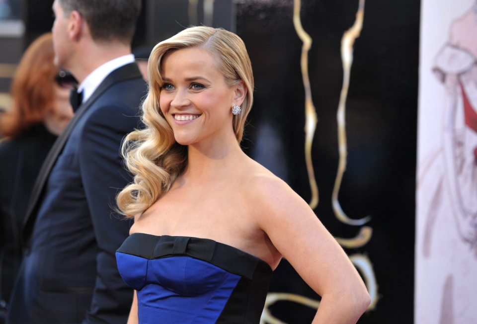 Reese Witherspoon arrives at the 85th Academy Awards at the Dolby Theatre on Sunday Feb. 24, 2013, in Los Angeles. (AP/ Invision/ John Shearer)