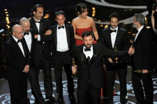 Iran dismisses Agro's Oscar win
