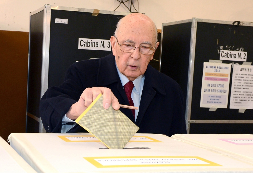 Italian President Giorgio Napolitano casts his ballot, in Rome, Italy, Sunday, Feb. 24, 2013. (AP Photo/Antonio Di Gennario, Italian Presidential press service, ho)