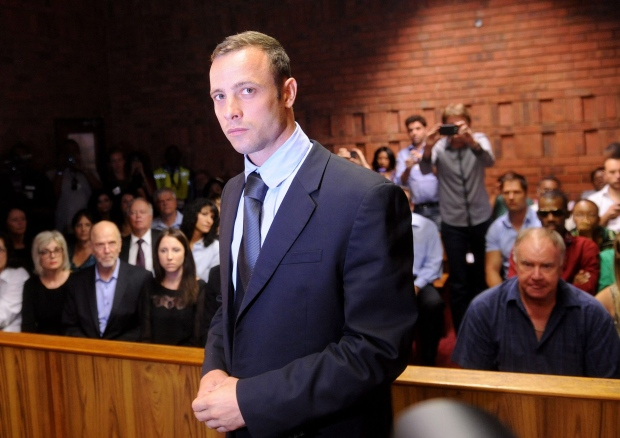 Oscar Pistorius reports authorities bail condition