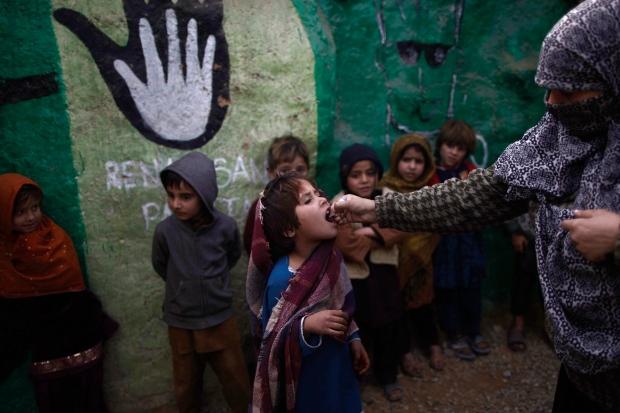 Gunmen target polio workers in Pakistan