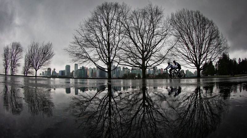 Thunderstorms, rain and sun: Vancouver's forecast mixed for the week