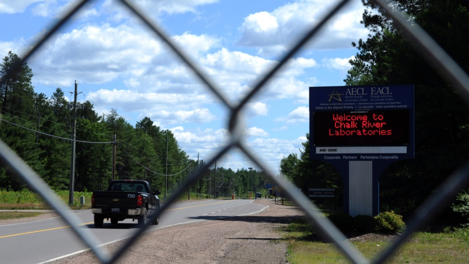 A sign welcomes people at the entrance to the Chalk River Laboratories nuclear plant in Chalk River, Ont., on Monday, July 9, 2012. (Sean Kilpatrick / THE CANADIAN PRESS)