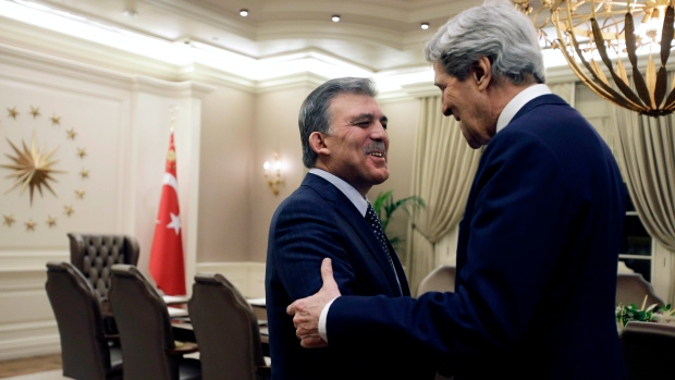 John Kerry meets Turkish President Abdullah Gul