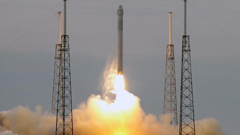 spacex rocket in flight - photo #2