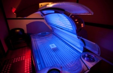 Ontario plans bill to ban tanning beds for youths