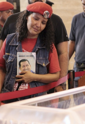 Mourners Say Goodbye to Chavez