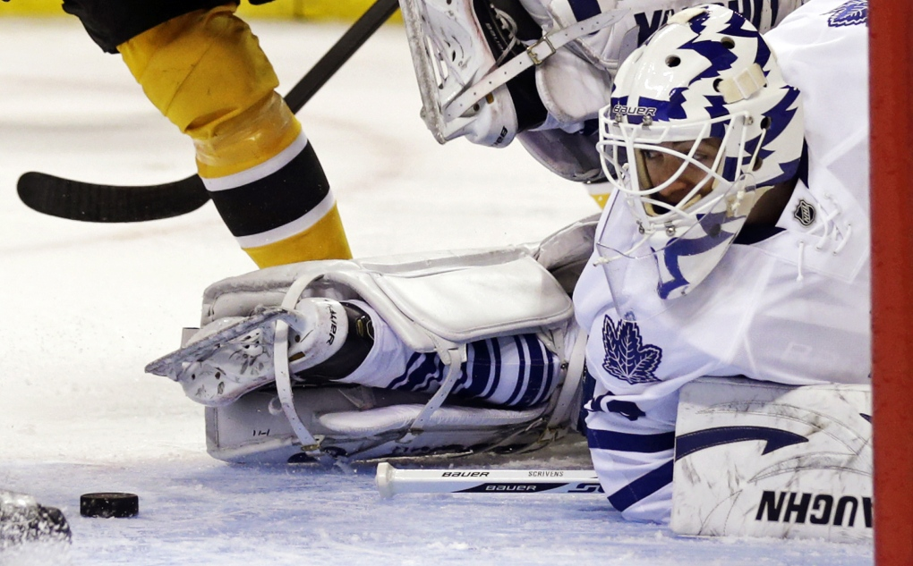 Toronto Maple Leafs goalie Ben Scrivens