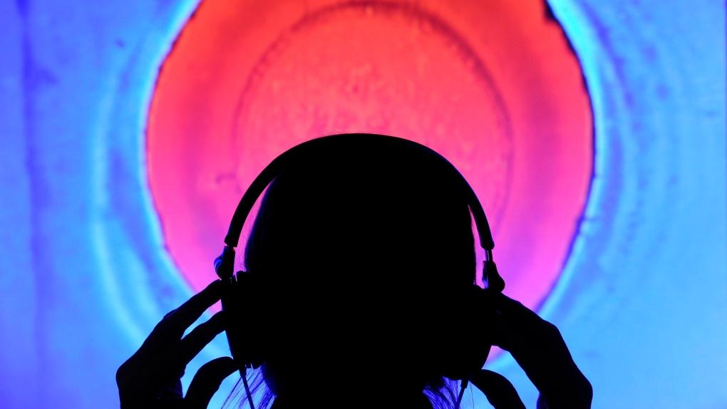 Headphones generic