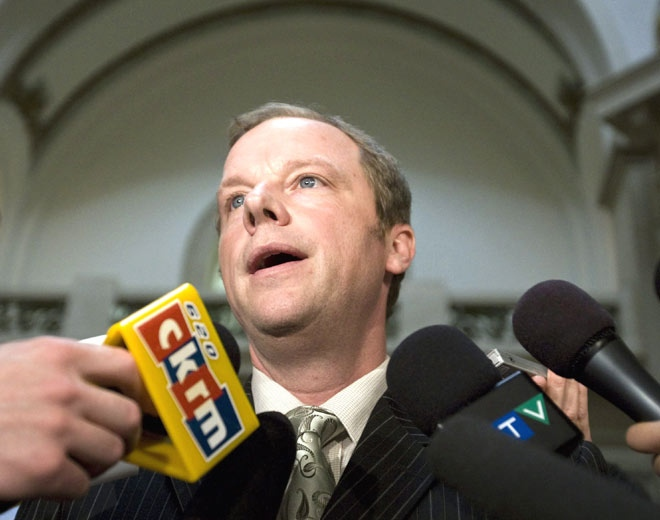 Saskatchewan Premier Brad Wall speaks to reporters reacting to the scandal tape in Regina, Sask., on Thursday, April 3, 2008.(Troy Fleece / THE CANADIAN PRESS)