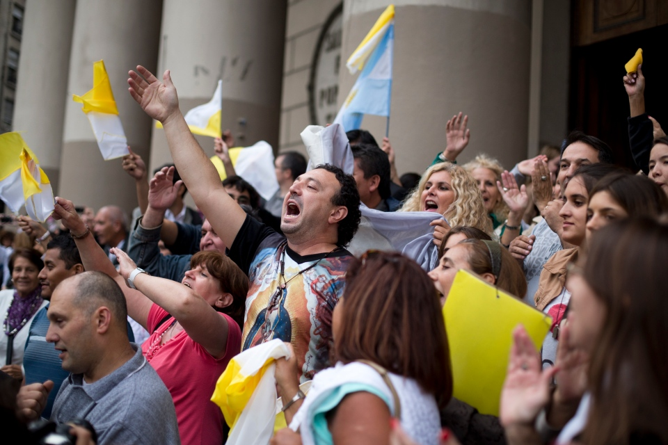 Argentina celebrates new pope Francis