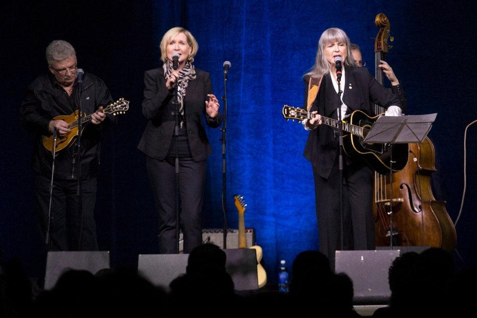 Cindy Church (left) and Sylvia Tyson perform at the Stompin' Tom Connors memorial in Peterborough, Ont. on Wednesday March 13, 2013. (Chris Young / THE CANADIAN PRESS)