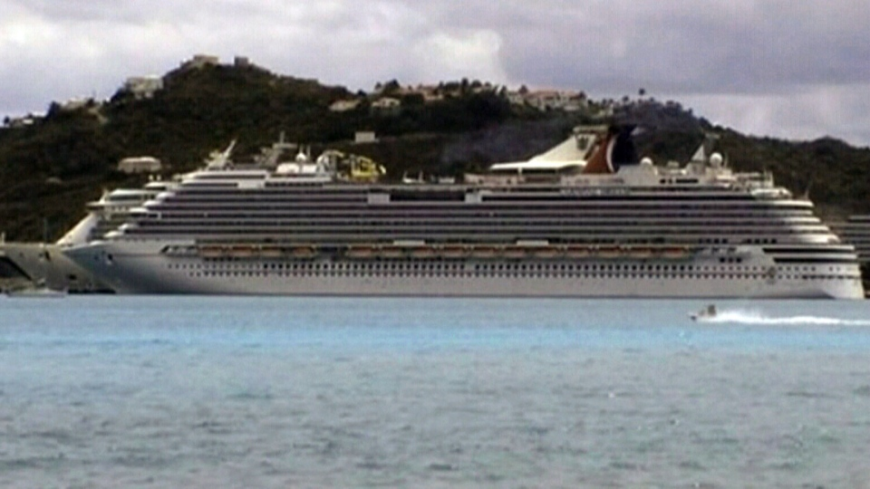 Carnival Dream halted its journey after a mechanical issue in Philipsburg, St. Maarten.