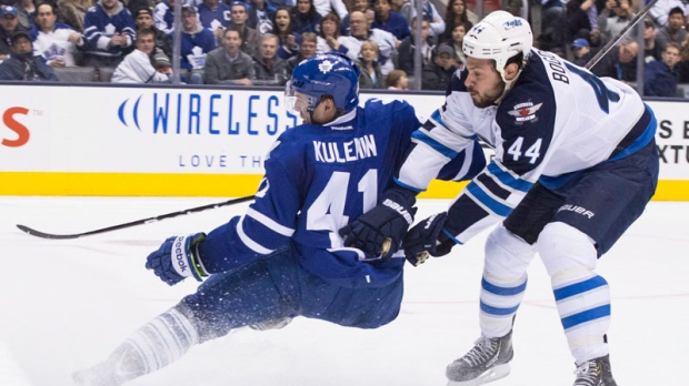 Winnipeg Jets beat Maple Leafs 5-4