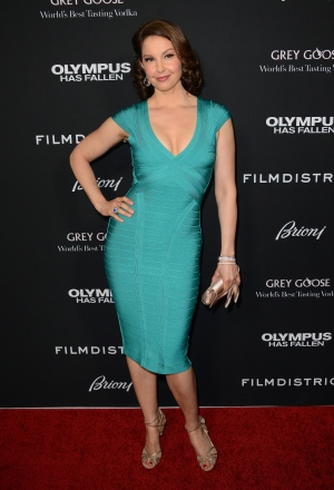 Ashley Judd arrives at the L.A. premiere of 'Olympus Has Fallen' at the ArcLight Theatre in Los Angeles on Monday, March 18, 2013. (Jordan Strauss/Invision)