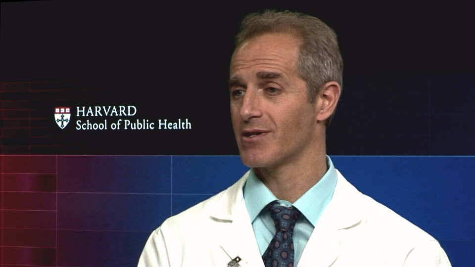 Dr. Dariush Mozaffarian of Harvard's School of Public Health speaks to CTV News about the link between sugary drink consumption and obesity.