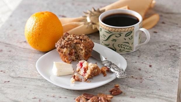 Rhubarb Pecan Muffins.