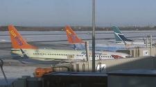 Sunwing plane emergency landing Ottawa airport