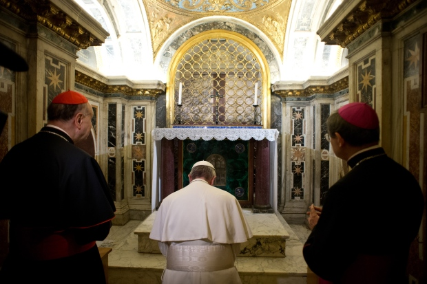 Pope Francis visits St. Peter burial site
