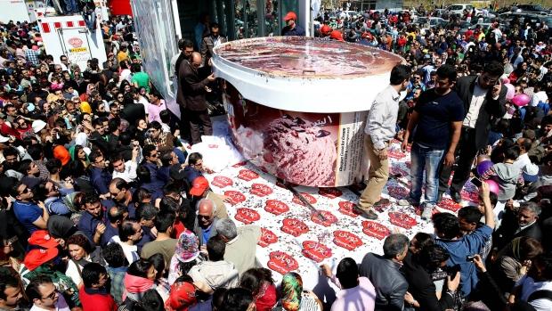 Iranian ice cream maker attempts world record