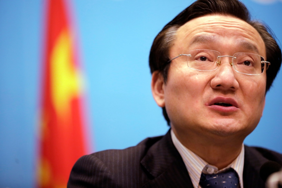 Xu Jianguang, Director-General and Deputy Secretary of the CPC Committee of Shanghai Municipal Health Bureau speaks at a press conference on Tuesday April 2, 2013 in Shanghai, China.  (AP Photo)