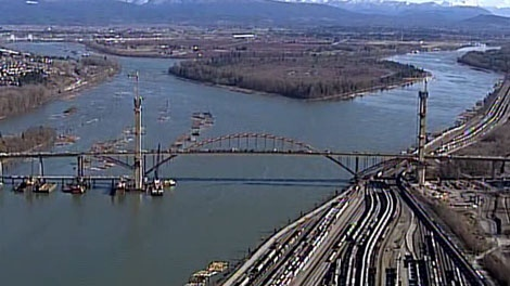 A UBC professor is recommending that all tunnels and bridges be tolled in Metro Vancouver. Feb. 18, 2011. (CTV)