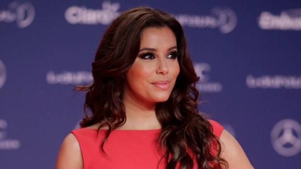 Eva Longoria believes in online dating