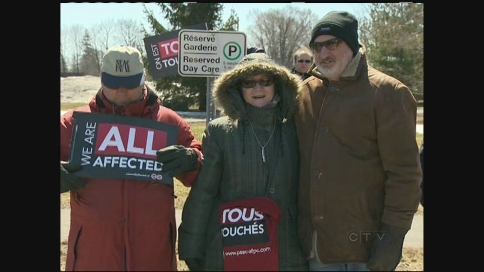 CTV Montreal: Protest over federal handover