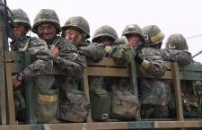 South Korean soldiers near North Korea border