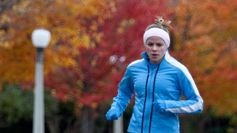 New Canadian research is showing that regular exercise may be the long-sought fountain of youth, not only helping to prevent an early death, but actually delaying aging. (Pawel Dwulit / THE CANADIAN PRESS)