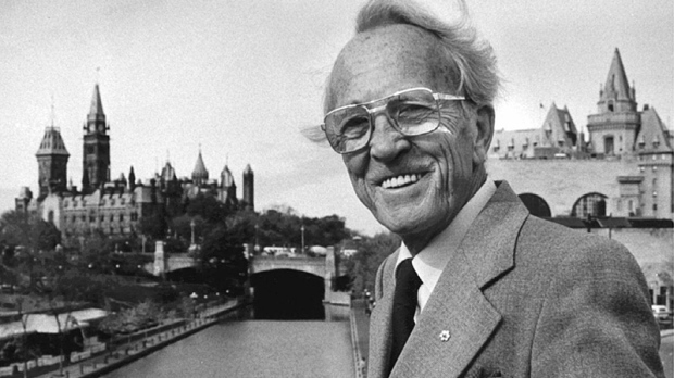 Former NDP leader Tommy Douglas poses in Ottawa in theis Oct. 19, 1983 file photo. (Chris Schwarz / THE CANADIAN PRESS)