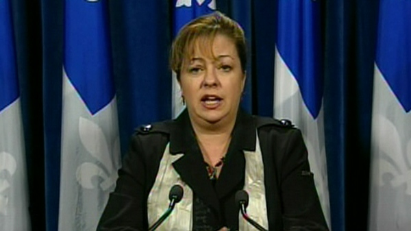 ADQ House leader Sylvie Roy says Jean Charest has a credibility deficit. (Feb. 22, 2011)
