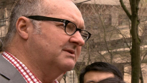 Actor Randy Quaid speaks to reporters at a Vancouver press conference on Feb. 23, 2011. (CTV)
