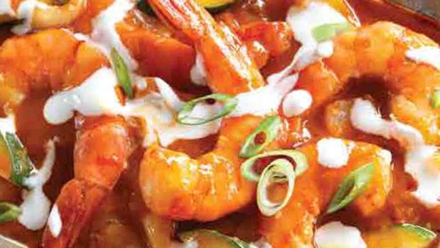 Barbara Barnes cooks up Shrimp Tikka Masala on CTV News at Noon.