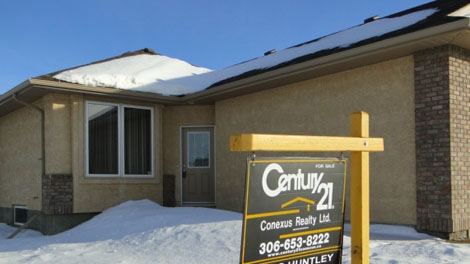 Even as house prices continue to rise across the province, mortgage rates are falling, making home ownership more affordable in Saskatchewan.