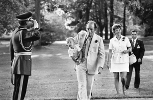 From diapers to diplomacy, Justin Trudeau has spent his life in the public eye. As he celebrates his Liberal leadership victory, CTVNews.ca looks at his journey to the top.<br><br>Pierre Trudeau is saluted by RCMP Officer as he carries son Justin to Rideau Hall in 1973 to attend an outdoor reception for visiting heads of the Commonwealth countries in Ottawa. (Peter Bregg / THE CANADIAN PRESS)