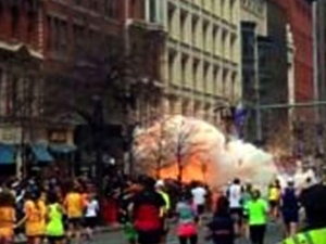 20_Boston_Marathon_explosion.jpg