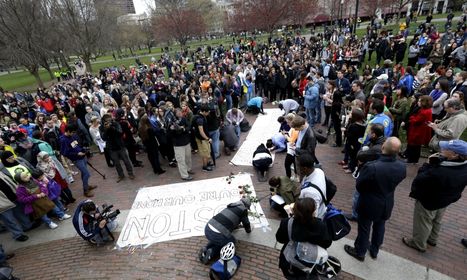 Vigil held for Boston bombing victims