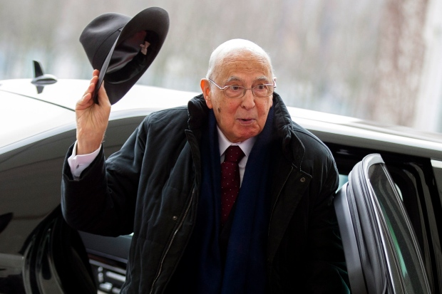 Italian President Giorgio Napolitano to stay on