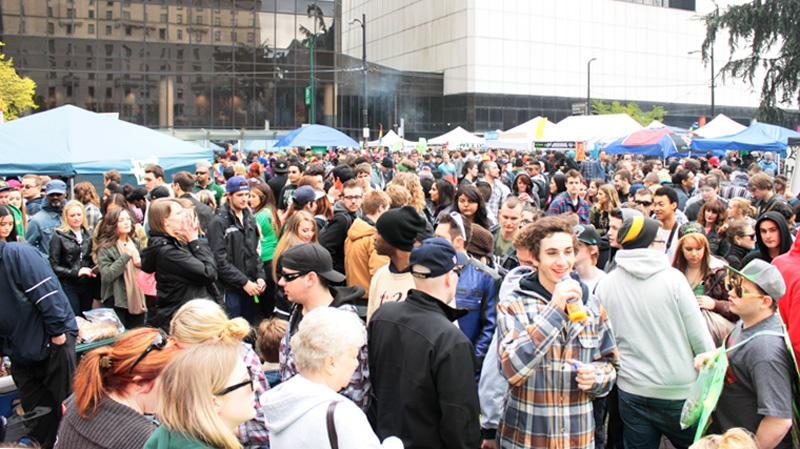 Thousands of Vancouverites lit up Saturday for an annual pro-marijuana rally held at the Vancouver Art Gallery. Proponents of the plant say it's time to relax pot laws. (CTV)