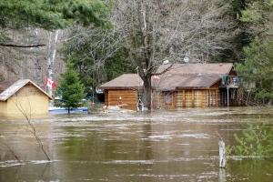 Northern Ontario flooding