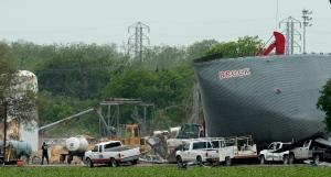 Work continues at the site of a fertilizer plant explosion in West, Texas, Tuesday, April 23, 2013. (AP / Charlie Riedel)