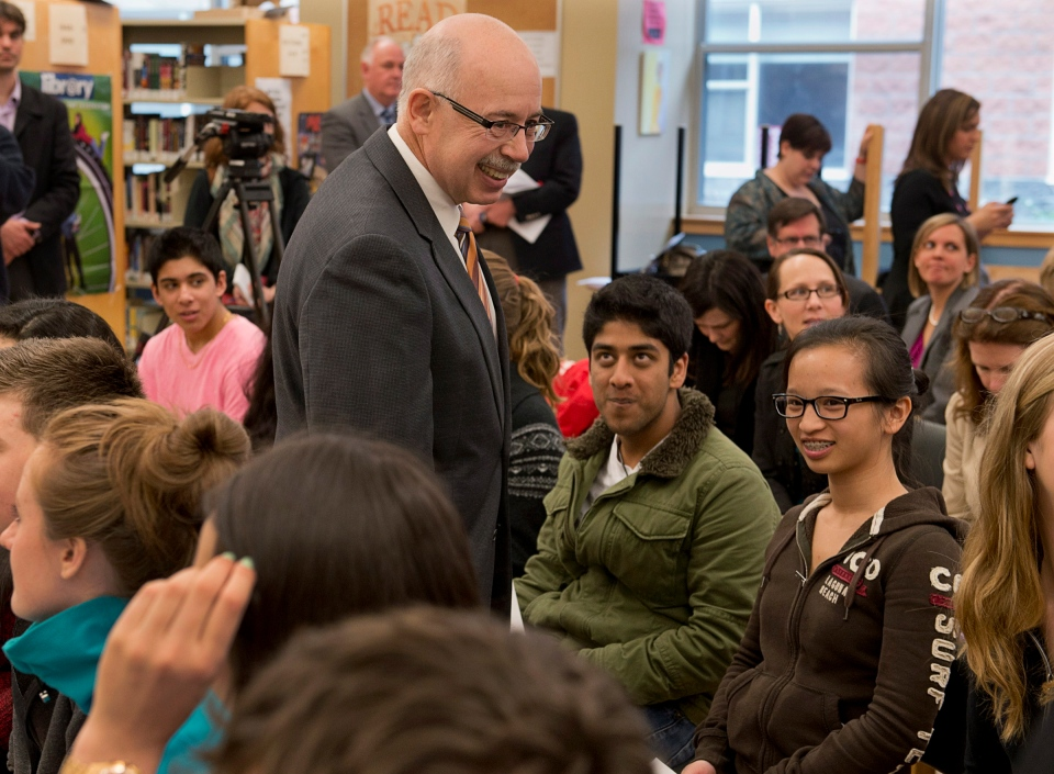 Justice Minister Ross Landry chats with students at Halifax West High School in Halifax on April 25, 2013. (Andrew Vaughan / THE CANADIAN PRESS)