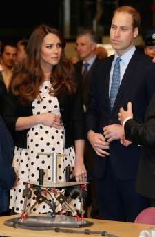 Duchess Kate baby bump Harry Potter