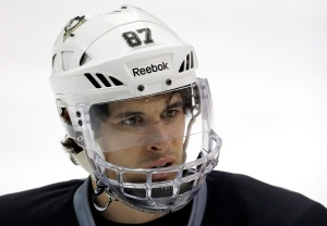 Pittsburgh Penguins' Sidney Crosby participates NHL hockey practice in Canonsburg, Pa., on April 30, 2013. (AP Photo/Gene J. Puskar)