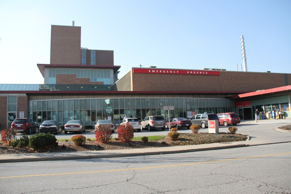 File photo of the Ouellette Campus of Windsor Regional Hospital in Windsor, Ont., on Nov. 16, 2012. (Melanie Borrelli / CTV Windsor)