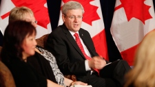 Harper meets with families of cyberbullying victim
